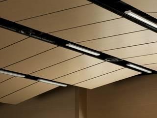 Deckon Asma Tavan Sistemleri – DeckoWood: minimal tarz tarz Multimedya Odası
