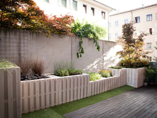 Pallet terrace di exTerra | consulenze ambientali e design nel verde Rustico