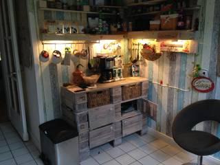 Кухня в . Автор – palettenbett.com