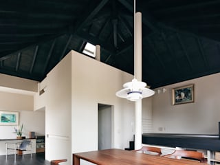 . 和風デザインの リビング の 島田義信建築設計事務所 和風