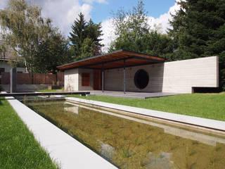 Gartengestaltung Wien 1140 Minimalistischer Garten von Peter Balogh   Architekt Minimalistisch