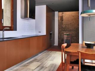 bellafilarquitectes Cocinas de estilo moderno