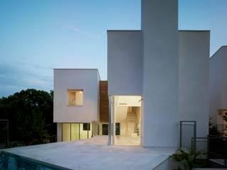 VIVIENDAS LA MANGA CLUB EN CARTAGENA Casas de estilo mediterráneo de DeVillarCHacon Mediterráneo