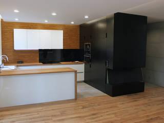 REALIZACJA PROJEKTU W LUBLINIE: styl , w kategorii Kuchnia zaprojektowany przez Kunkiewicz Architekci