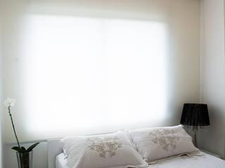 Спальни в . Автор – Bibiana Menegaz - Arquitetura de Atmosfera, Минимализм