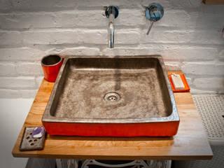 Banheiros  por dekornia , Industrial