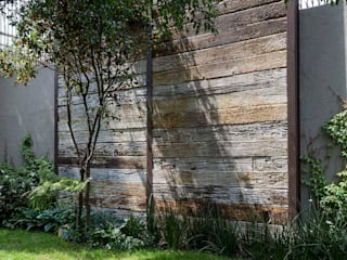 MARIANGEL COGHLAN Rustic style garden