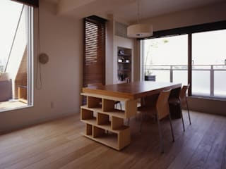 Ruang Makan oleh Style is Still Living ,inc., Eklektik