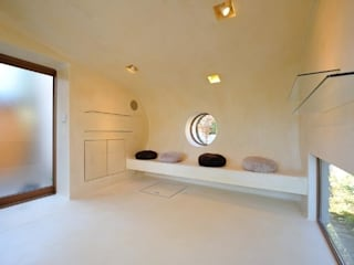 Ruang Multimedia oleh Style is Still Living ,inc., Eklektik