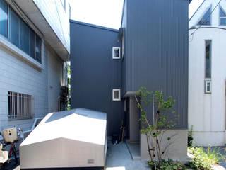 【LWH002】 自分らしく暮しを楽しむ小さな家 インダストリアルな 家 の 志田建築設計事務所 インダストリアル