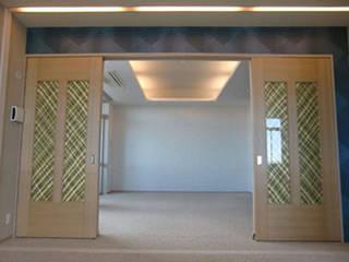 Residence of kobe: 南俊治建築研究所が手掛けた現代のです。,モダン