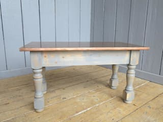 Bespoke Copper Tables by UKAA UKAA | UK Architectural Antiques Living roomSide tables & trays