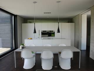ห้องครัว by schroetter-lenzi Architekten