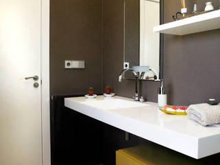 SUELOS Y PAREDES SIN OBRAS Modern bathroom