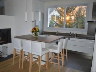 Rénovation maison de ville Cuisine moderne par B by Lulea Moderne