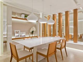 Rolim de Moura Arquitetura e Interiores Modern dining room
