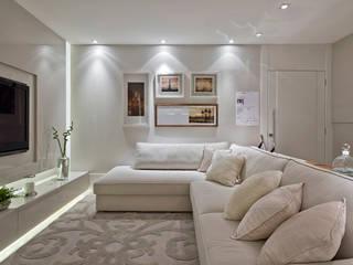 Rolim de Moura Arquitetura e Interiores Modern living room