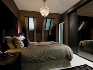 Ultra gloss chocolate bedroom suite Urban Myth Modern style bedroom