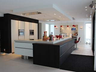 Kitchen by Tinnemans Keukens,