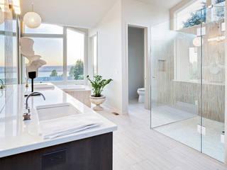 Begehbare Dusche mit Fliesenboden von Saxoboard: moderne Badezimmer von Saxoboard Wellness & Duschsysteme GmbH