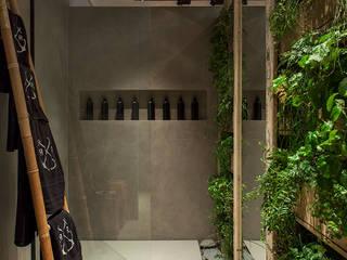 Gabriela Pereira ห้องน้ำ