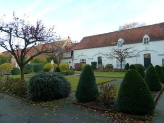 Seminar Blankenberg Klassische Häuser von waldorfplan architekten Klassisch
