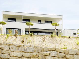 Neubau eines Einfamilienhaus Moderne Häuser von Ingenieurbüro für Planung und Projektmanagement Hangs Modern