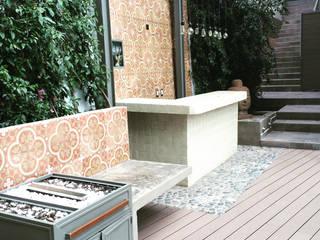 Eclectische balkons, veranda's en terrassen van Quinto Distrito Arquitectura Eclectisch