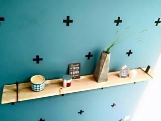 Etagère Croix:  de style  par indoor-concept