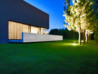 Haus H:  Häuser von herzog+herzog architekten bda