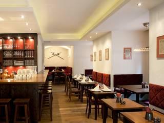 Restaurant im Rathaus (Nürnberg) Karl Architekten Rustikale Gastronomie
