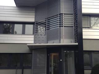 Fassade in Düsseldorf Karl Architekten Moderne Bürogebäude