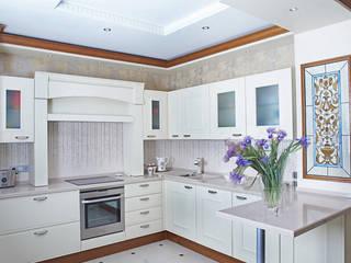 Classic style kitchen by Соловьева Мария Classic