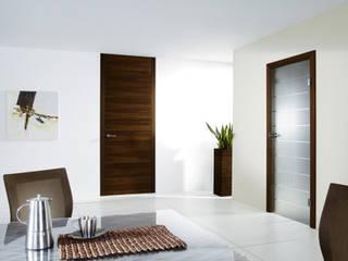 Holz Pirner GmbH Sala da pranzo moderna