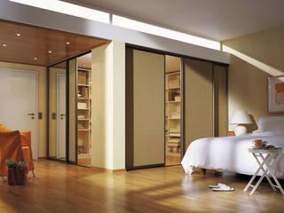 Holz Pirner GmbH モダンスタイルの寝室