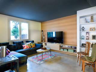 Vivienda en Benicassim. Valencia: Salones de estilo  de Egue y Seta