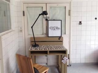 Biurko Motto/ Motto Desk 70x100 od Tailormade Furniture Industrialny