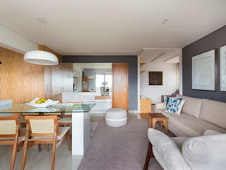 Ruang Keluarga Modern Oleh Haruf Arquitetura + Design Modern