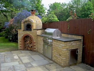 Outdoor Kitchens and BBQ Areas:  Garden by Design Outdoors Limited,