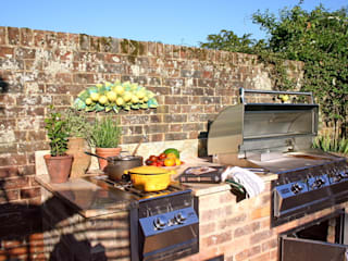 Outdoor Kitchens and BBQ Areas Jardines rústicos de Design Outdoors Limited Rústico