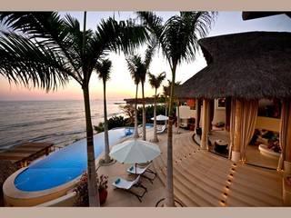 Casa Koi Albercas tropicales de BR ARQUITECTOS Tropical