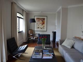 Apto Moema: Salas de estar  por Compondo Arquitetura,Moderno