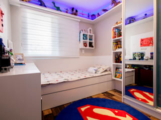 Nursery/kid's room by Biarari e Rodrigues Arquitetura e Interiores, Modern