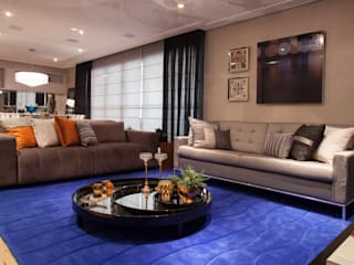 Living room by Biarari e Rodrigues Arquitetura e Interiores, Modern