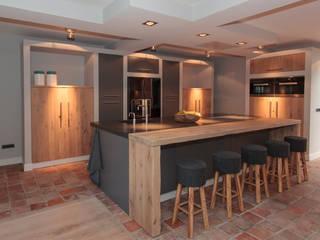 Cocinas de estilo moderno de Thijs van de Wouw keuken- en interieurbouw Moderno