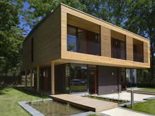 by ArchitekturWerkstatt Vallentin GmbH Modern