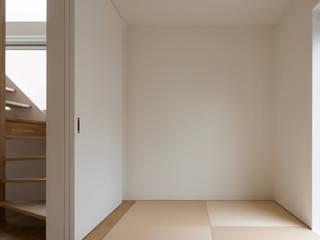 M設計工房 Scandinavian style bedroom Textile Beige