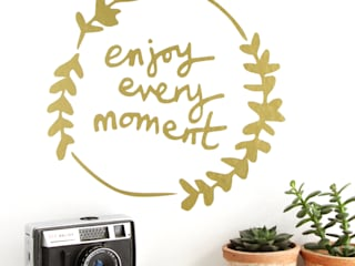 'Enjoy Every Moment' Wall Sticker de Kutuu Rural