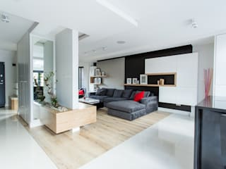 Open plan living room: modern  by GK Architects Ltd, Modern