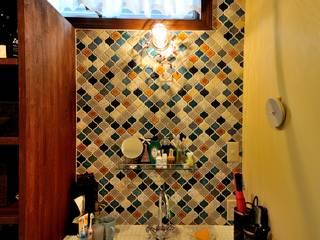 沼津 I邸: HAPTIC HOUSEが手掛けた浴室です。